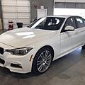 2017 BMW 330i_201006_2.jpg