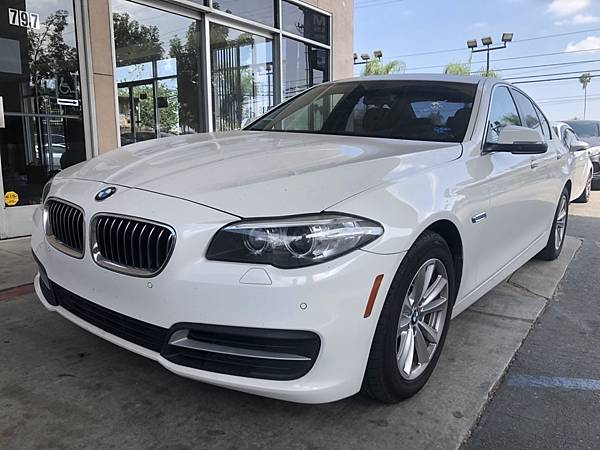 2014 BMW 528_201006_10.jpg