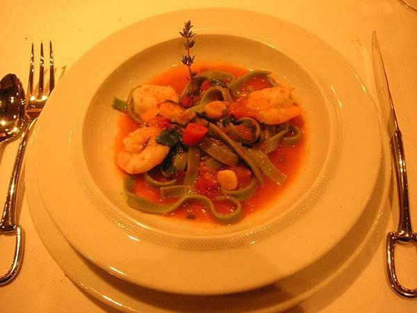 第三道- 鮮蝦蔬菜麵