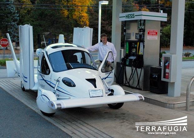 Terrafugia_GasStation