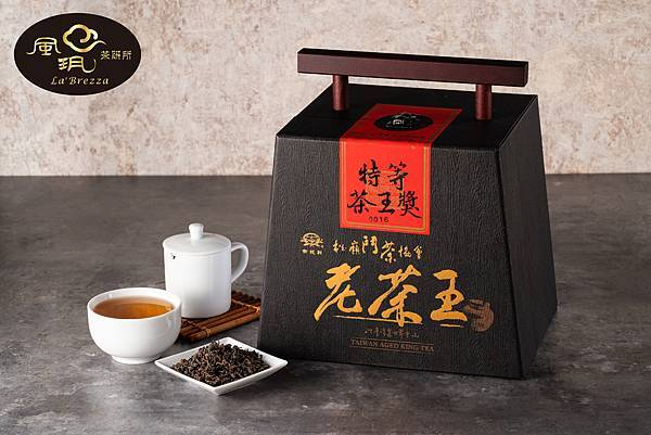 風玥茶研所參與台灣多場陳年烏龍茶評鑑競賽,連年囊括驚豔佳績。
