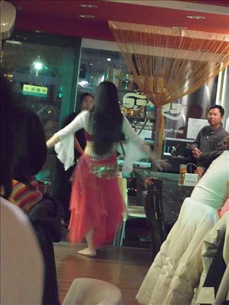 巴巴卡巴巴餐廳表演