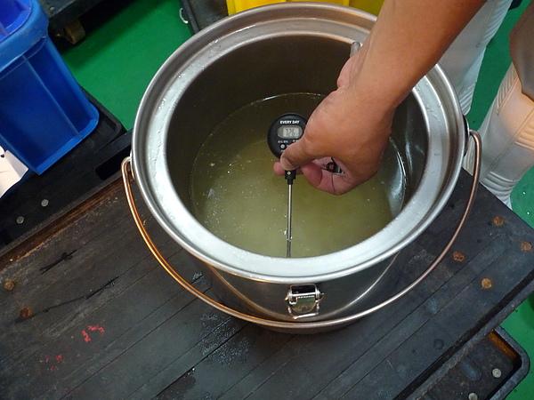 實地抽檢湯桶溫度