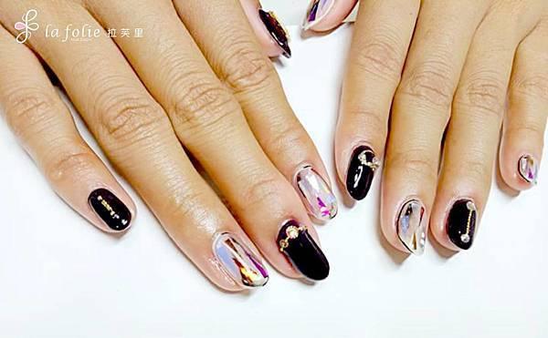 黑色凝膠指甲,彩繪玻璃