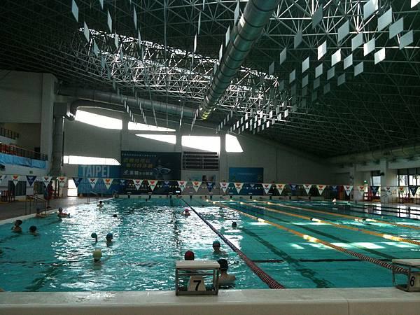 新竹縣游泳館-3.JPG