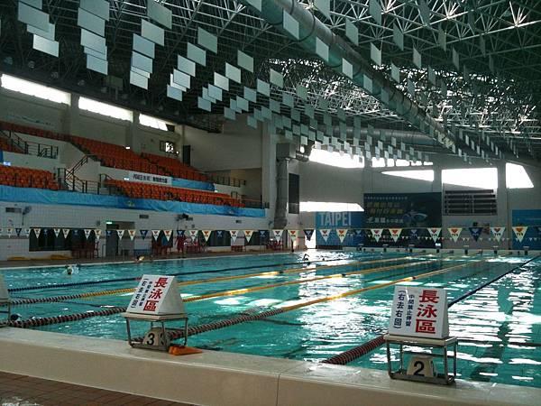 新竹縣游泳館-4.JPG