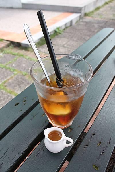 鍚蘭檸檬紅茶