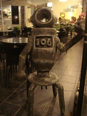 機器人出現~