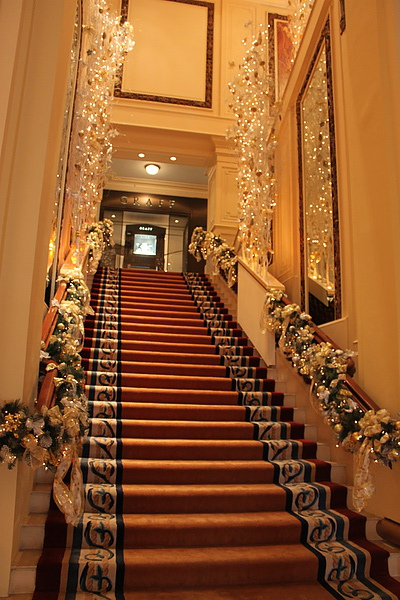 樓梯也好美