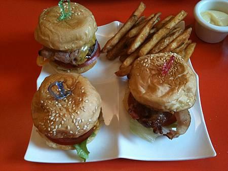 Burger Burger-4.JPG