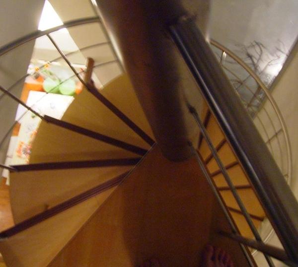 帆船石600屋內 9.JPG