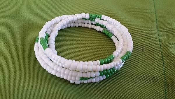 串珠手環(白)