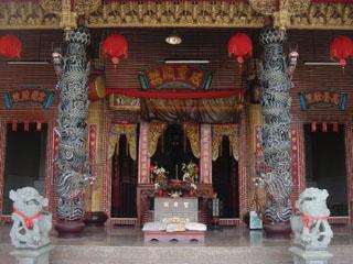 新威聖君廟