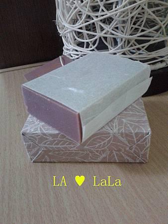 皂體外-苦茶潤肌皂.jpg