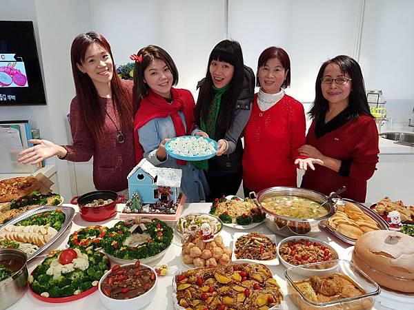 20171221聖誕午餐趴_171221_0043.jpg