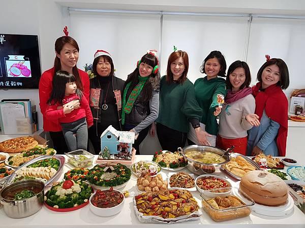 20171221聖誕午餐趴_171221_0045.jpg