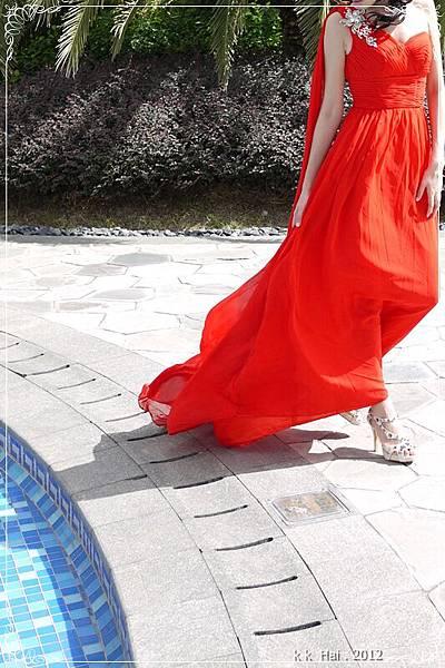 單肩紅色晚禮服 (6)