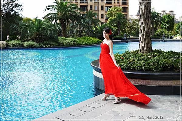 單肩紅色晚禮服 (1)