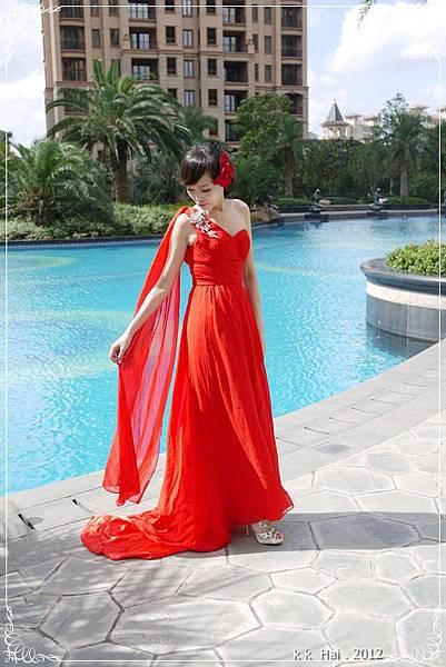 單肩紅色晚禮服 (2)