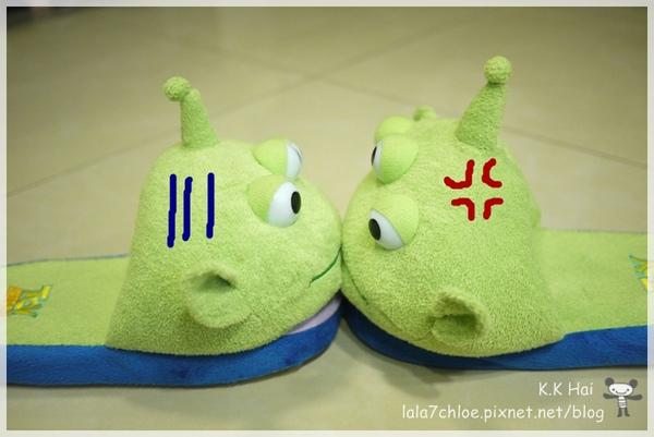 三眼怪拖鞋 (5).JPG