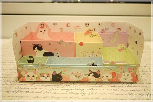 貓咪紙盒 (5).JPG