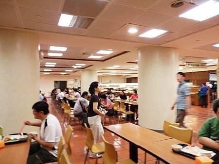 慈濟醫院台北分院地下一樓美食街 (3).JPG