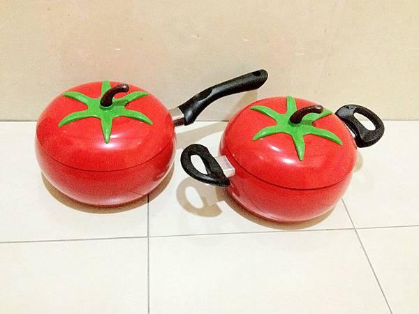 中看不重用的番茄造型鍋組1