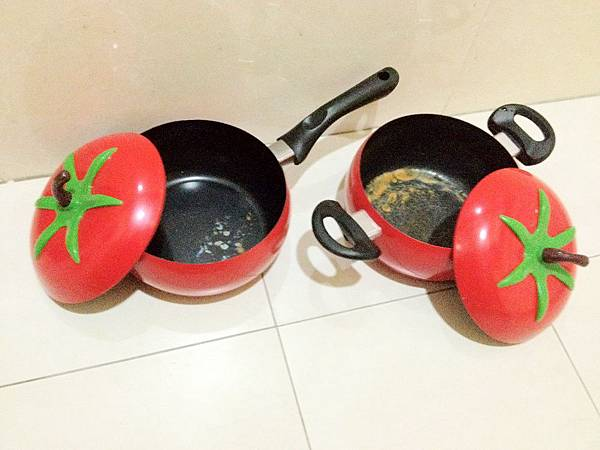 中看不重用的番茄造型鍋組2