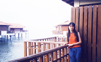 2001-03.jpg