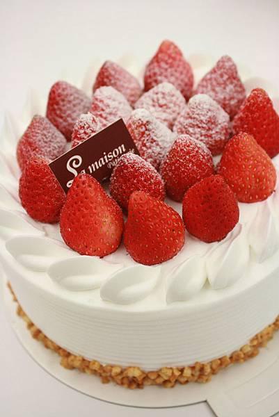 草莓鮮奶蛋糕~450 (需預定) 季節限定