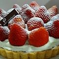 6吋草莓派~350(需預訂) 季節限定