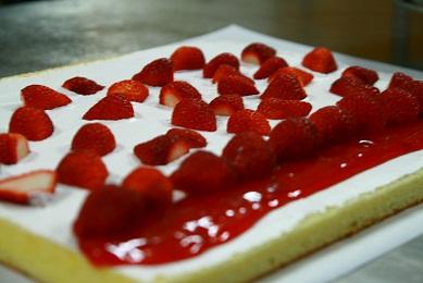 蜂蜜草莓捲~~