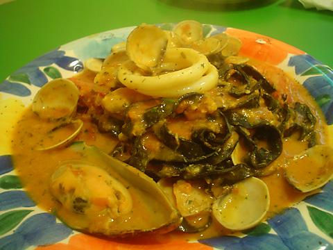 Ti Amo義大利廚坊 海鮮風味墨魚手工麵
