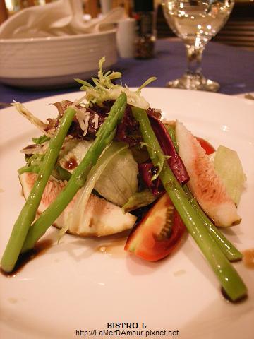 雅室牛排 沙拉︰無花果鮮蔬沙拉佐紅酒醋醬