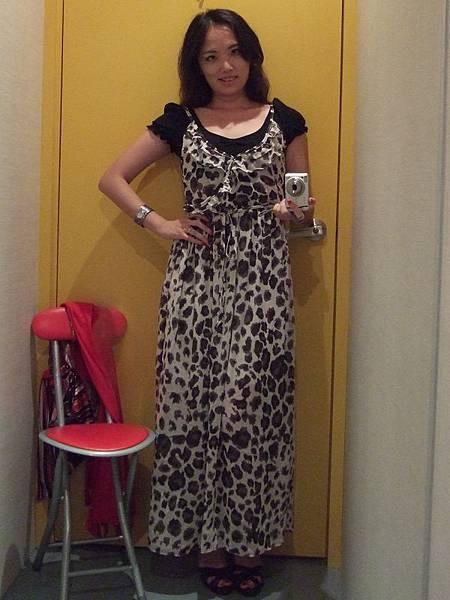 Loca豹紋雪紡長洋裝穿搭2-1