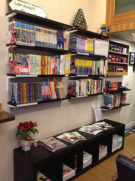 鹿途中旅遊書店 (11)