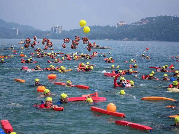 130908 萬人泳渡日月潭 (17)