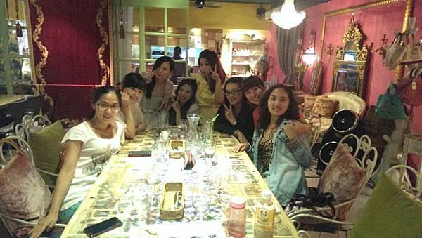 130915 艷舞團大團圓@BOM BOM 蔬食花園古董餐廳 (9)