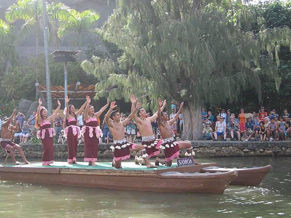 131209 獨木舟水上舞蹈表演 Canoe Pageant (33)