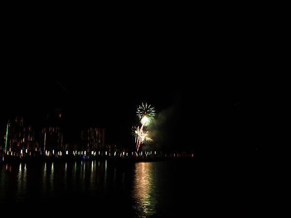 131213-3 Ala Moana Beach Park (6)