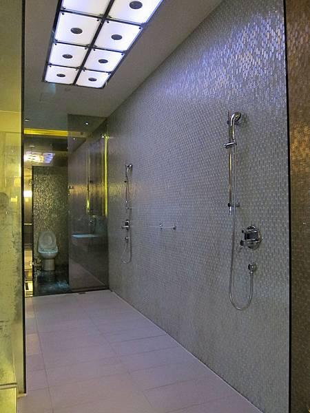 140814 Wego Glass House (10)