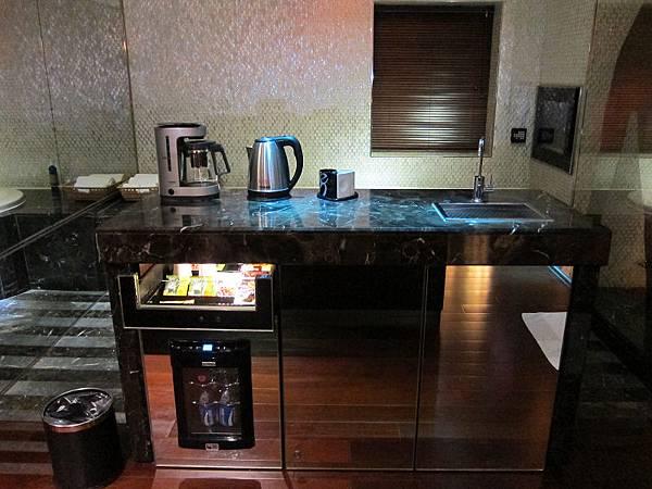140814 Wego Glass House (11)