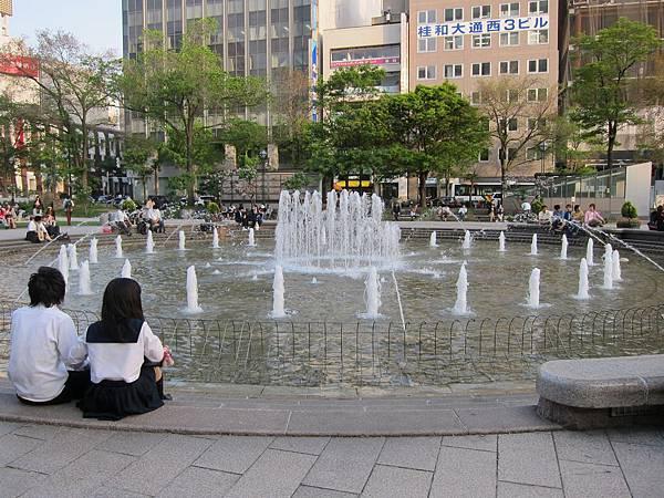 140529-6 札幌大通公園 (11)