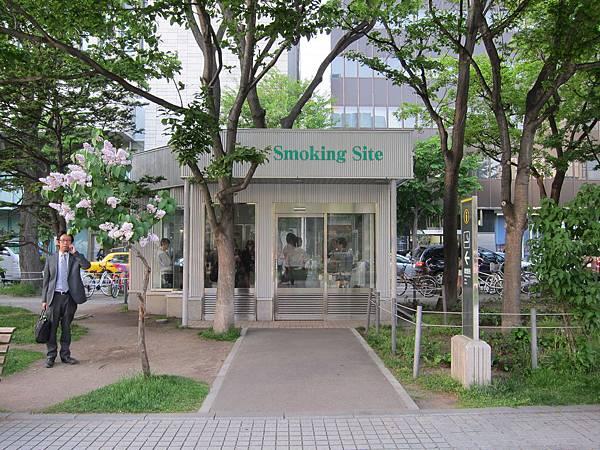 140529-6 札幌大通公園 (12)