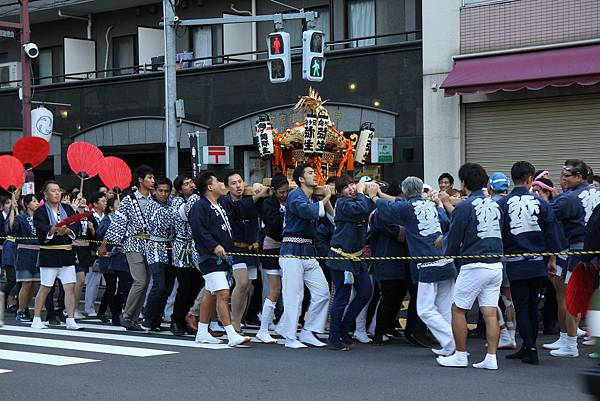150920-11 根津神社例大祭 (18)