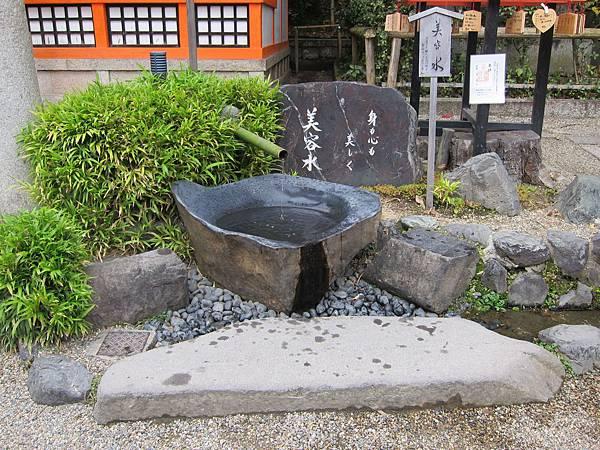 161117-5 八坂神社 (15)