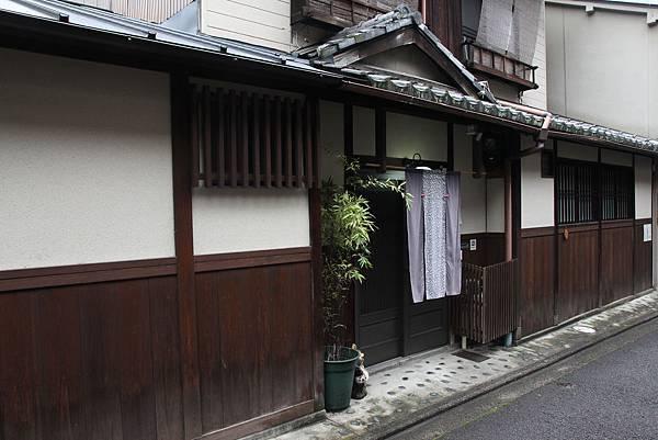 161115-1 五条坂街道 (1)