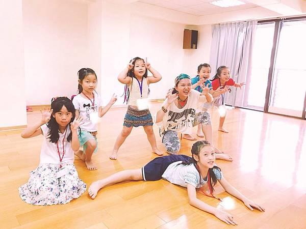 180804 摩娑舞團暑期兒童舞蹈營 (1).JPG