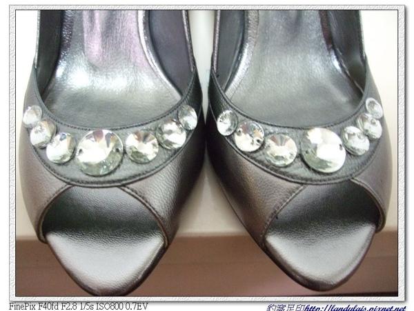 KOKKO銀色動物風潮蜥蝪壓紋水鑽跟鞋
