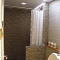女廁內還有淋浴區 當然不是給客人的